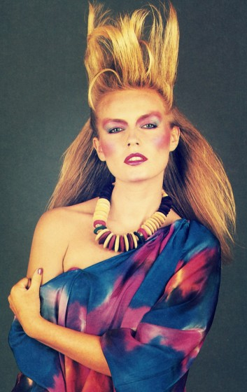 1980s hair-makeup-look-fashion