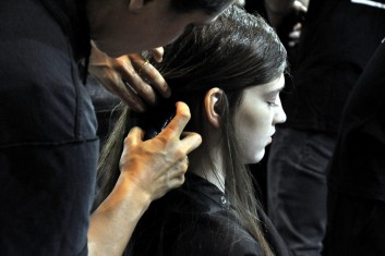 backstage-hairstyling-fashion