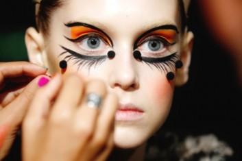 backstage-trucco-artistico-makeup