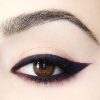 black-nero-minimal-makeup-trucco