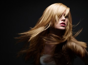 blonde-makeup-hair-trucco-hairstyle-shooting