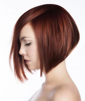 bob-haircut-red-elegant-angled-caschetto-rosso