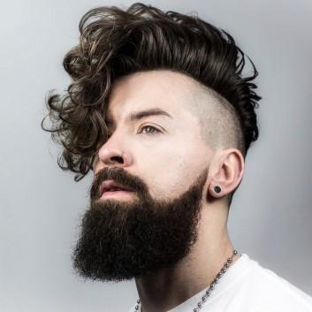 braid-barbers-long-curly-hairstyle-for-men-undercut-barba-barbering-capelli-taglio uomo