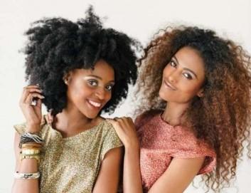 capelli-afro-lunghi-e-medi
