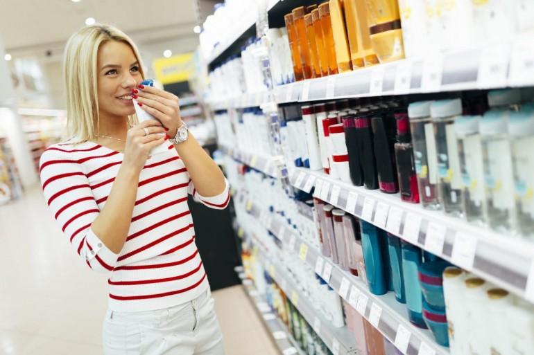 cosmetici-trucco-detergente-deodorante-evitare