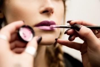 dettaglio-details-inverno-winter-makeup-trucco-lipstick-rossetto