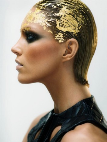 gold-oro-hair-capelli-trend-acconciatura-haircut-taglio-makeup-trucco-fashion