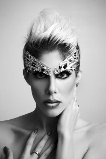 high-fashion-makeup-lashes-ciglia-trucco-hair-capelli