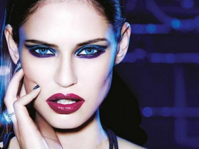 makeup-blu