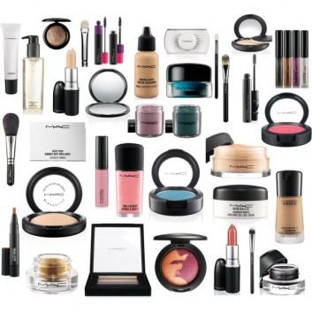 makeup-essentials-kit-trousse