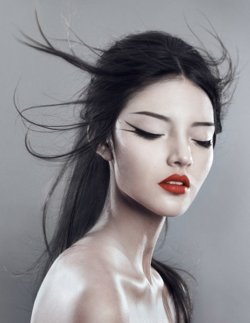 makeup-trucco-photo-fashion-hair-capelli-lips-labbra-lipgloss-rossetto