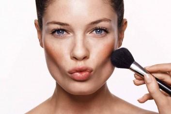 makeup-zigomi