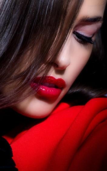 model-modella-face-viso-makeup-trucco-lipstick-rossetto-red-rosso-lips-labbra