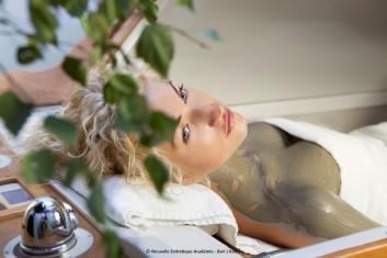 mud-fango-massage-massaggio-treatment-trattamento