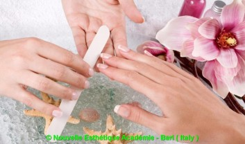 nailcare-manicure