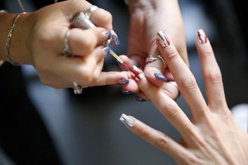 nails-unghie-mani-smalto