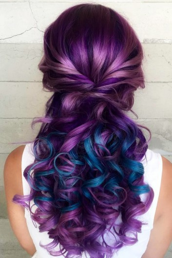 purple-viola-blue-hair-capelli-look