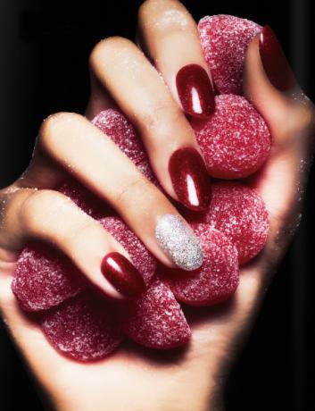 red-rosso-gel-nails-unghie-beauty-bellezza-nailcare-manicure-nouvelle-esthetique-academie