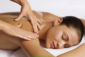 relaxing-massage-massaggio-rilassante