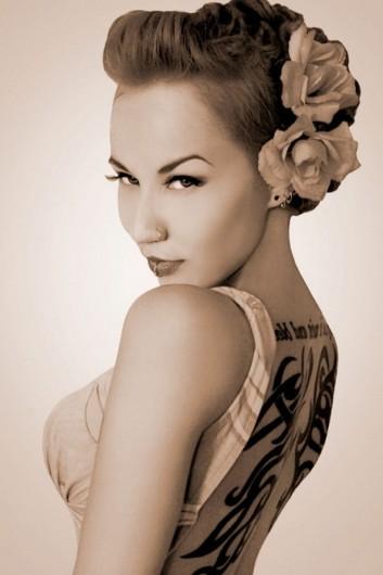 rockabilly-pinup-hairstyle-makeup-retro-vintage