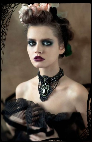 romantic-gothic-makeup-hair