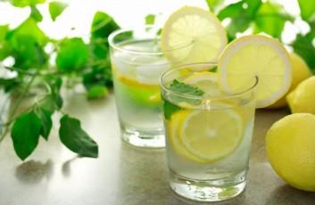 succo-limone-acqua-Nouvelle